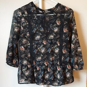 UO PINS AND NEEDLES SHEER FLORAL BLOUSE S